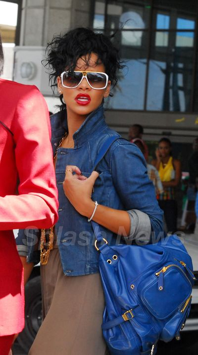 Post_image-rihanna-barbados-spl91573_001