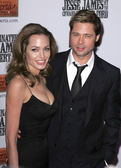 Angelina Jolie Twins Pics. reporting Angelina Jolie