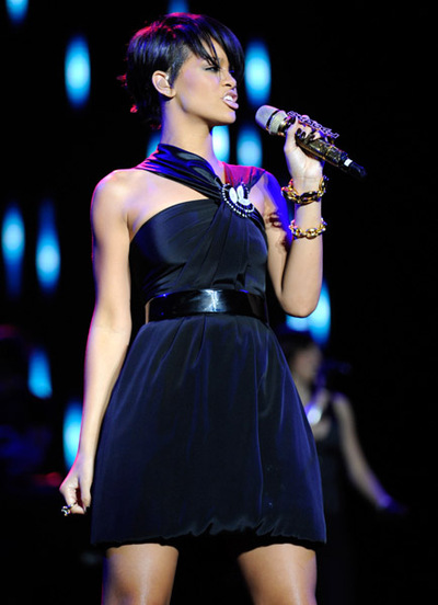 Gucci_rihanna_perform