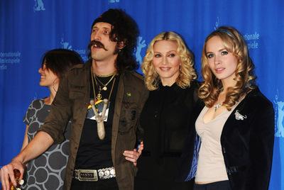 Madonna_cast1