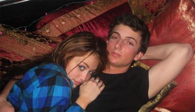Mileyscandal2