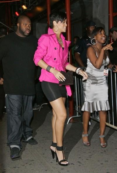 Rihanna_chris19thbir_7e2f05