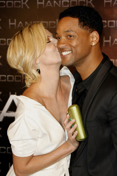 Charlize Theron Youtube Kiss