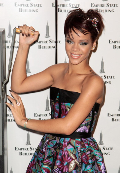 Rihanna_empire_state