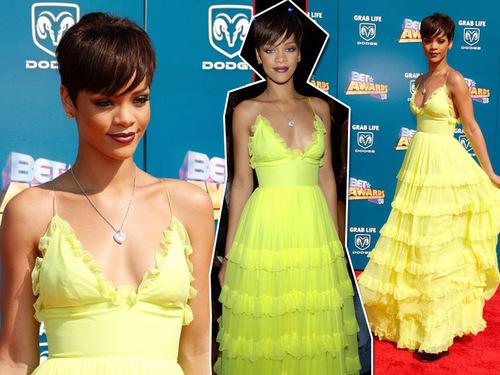 Rihanna_giambatista