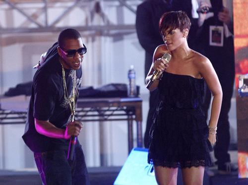 Rihanna_jayz