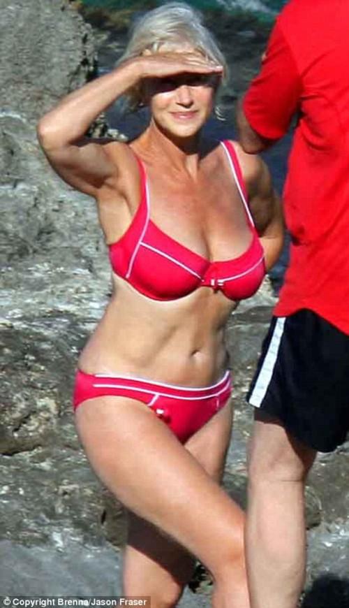 Helen_mirren_bikini