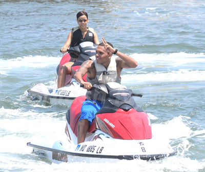 Chris_brown_rihanna_jetski