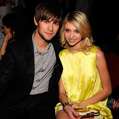 Chace_crawford_taylor