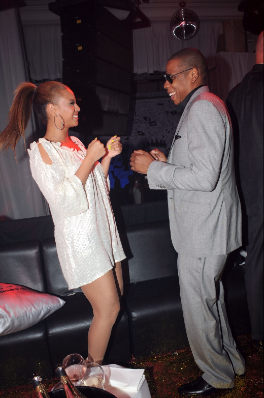 jay z and beyonce wedding pictures. Newlyweds Beyonce and Jay-Z